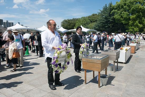 チェ・ゲバラが訪れた広島にカミーロ・ゲバラ氏が映画『エルネスト』阪本順治監督と訪問(広島)